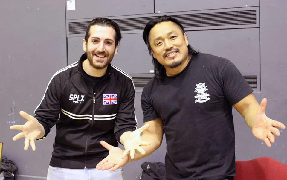 Vita in compagnia di Hirooki Goto, il suo wrestler giapponese nella NJPW.