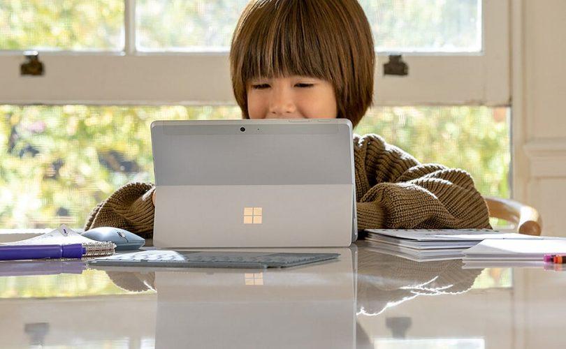 Microsoft Store: fino a 500€ di sconto su Surface e Xbox per il Black Friday