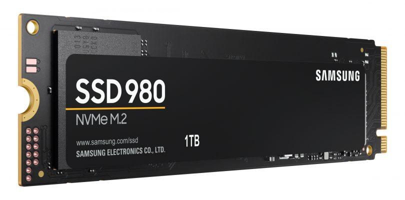 Samsung: presentato l'SSD NVMe 980, disponibilità e prezzi